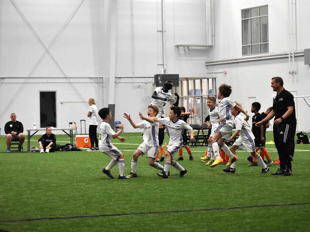 Delaware FC Wilmington Soccer Club 2010 Boys Champions - 76ers Fieldhouse